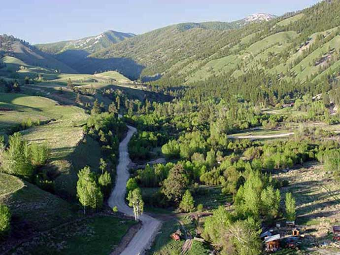 Southern ridge views of Fourth of July Creek valley